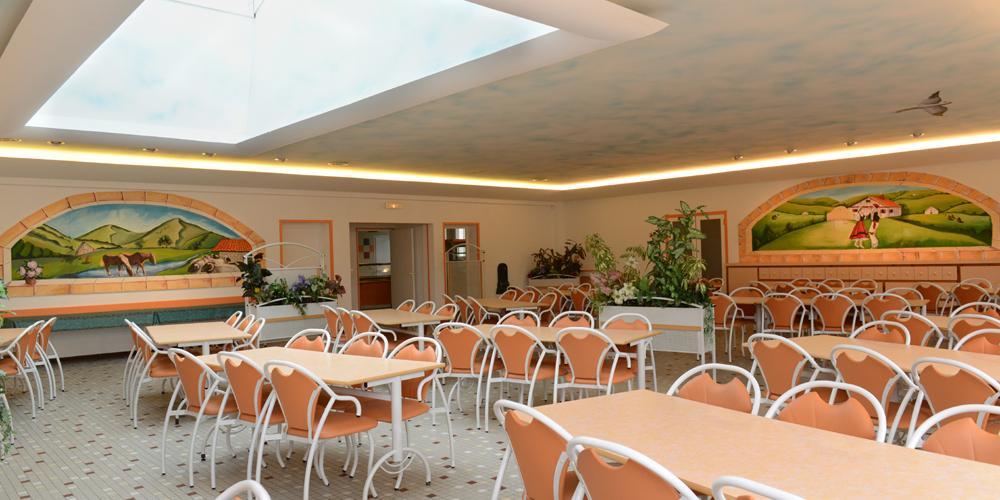 Salle restaurant pour groupe scolaire au Pays basque