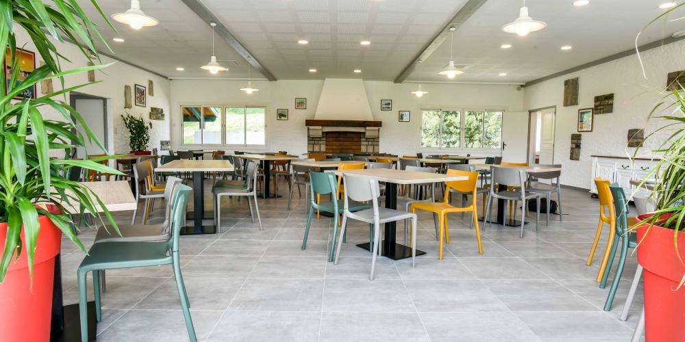 Grand restaurant groupe amis Pays basque Anglet